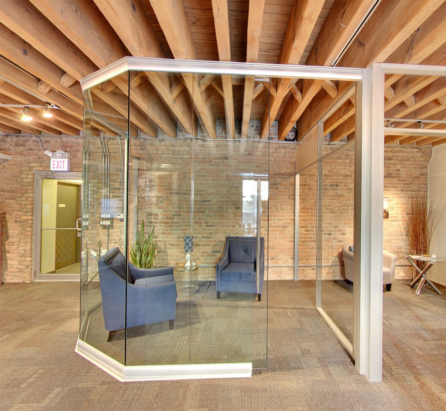 view-series-modular-curved-glass-wall-with-anodized-aluminum-frame.jpg