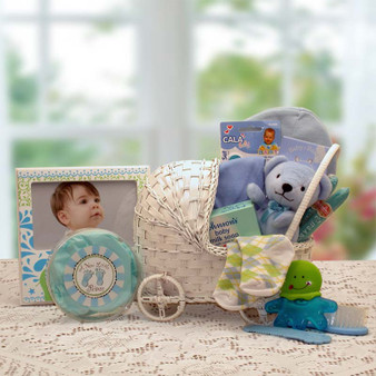 Bundle Of Joy New Baby Basket- Blue (med)