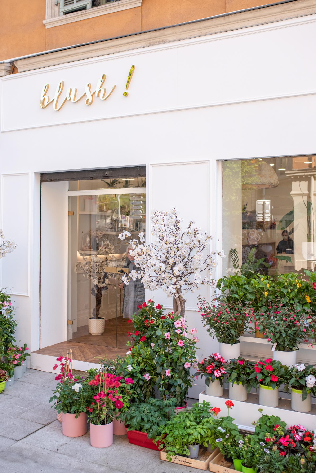 Boutique Blush