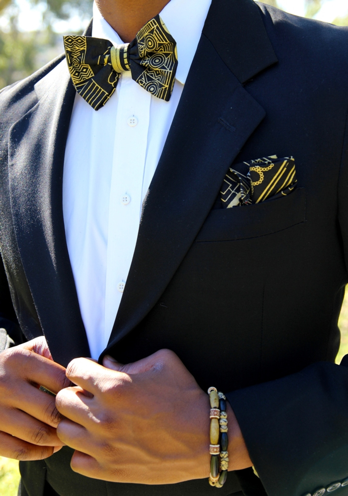 Black & Gold Tribal Bow Tie SET