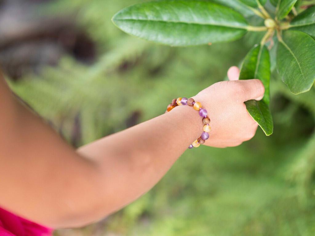 Amber teething bracelet with matte amethyst
