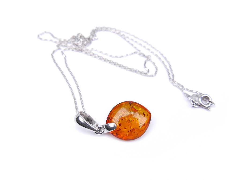 Baltic amber marquise-shaped pendant in sterling silver