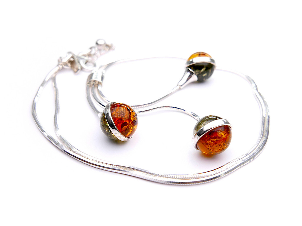Baltic amber triple beaded ball adjustable necklace in sterling silver