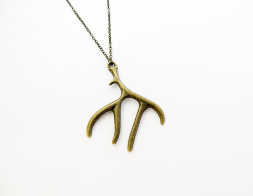 antlers charm necklace