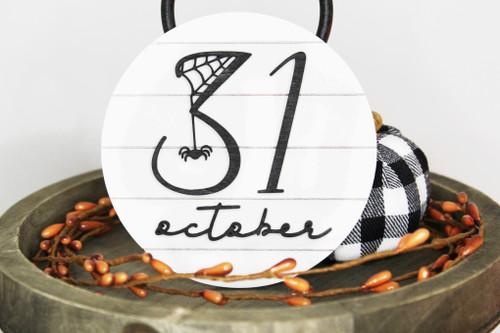 october 31 shelf sitter