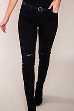 black-destructed-knee-skinny.jpg