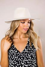 cream-structured-hat.jpg