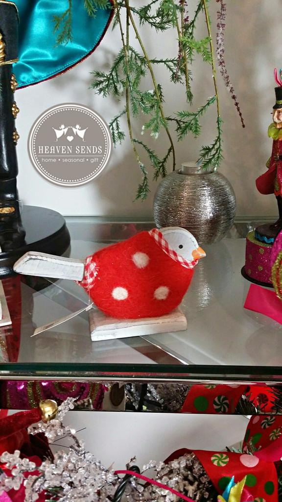 Christmas Robin Table Display