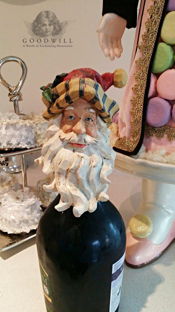 Santa Head Wine Bottle Top Display