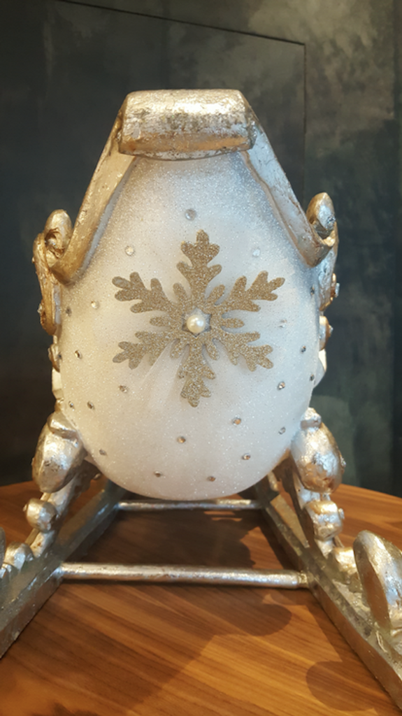 Katherine's Collection Swan Sledge Display