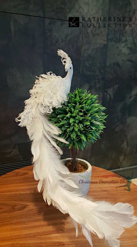 Royal White Christmas Bird Display