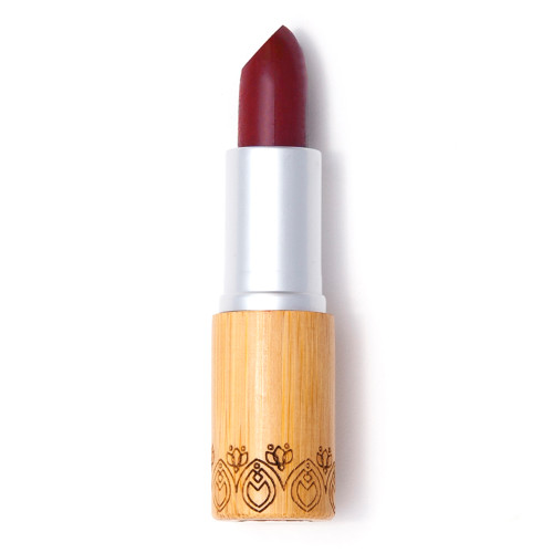 Elate Vibrant Lipsticks are our brightest hues, with full coverage.  Elate Lipsticks are blended with nourishing shea and mango butter to keep your smile hydrated and smooth, while organic vanilla essential oil leaves a soft natural scent. Be daring or go natural, Elate has you covered.