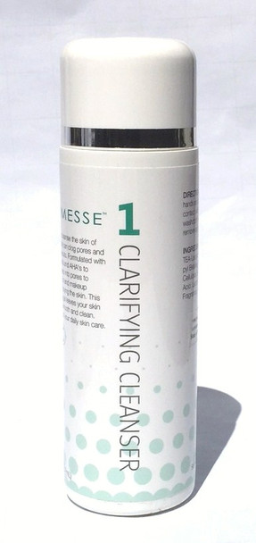The Clarifying Cleanser is designed to cleanse the skin of pollutants that clog the pores and lead to breakouts. Includes herbal extracts and AHAs to penetrate deep into the pores to remove dirt, oil, and makeup without over drying the skin.