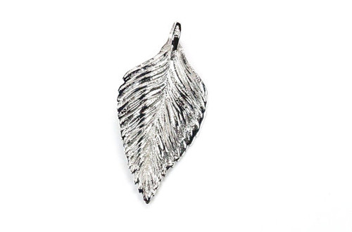 Leaf Pendant White Gold Solid 18K Unique Design