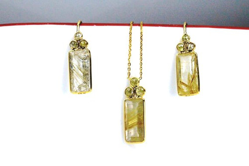Fine Yellow Garnet and Rose Cut Diamonds Set Earrings and Necklace Set
