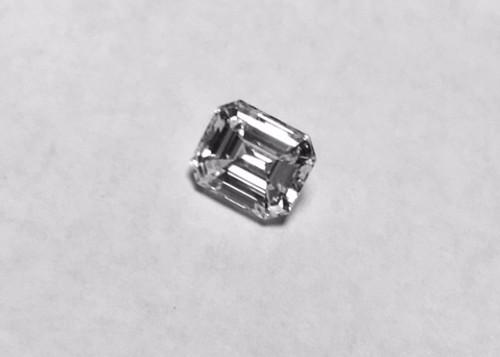 Emerald Cut Daimond GIA Graded H VVS2 1.05 Carat