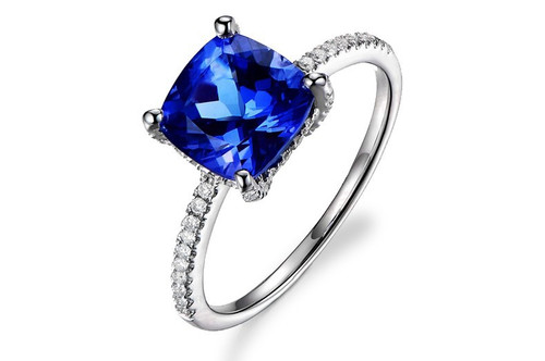 Classic Pave Tanzanite Ring with Natural Diamonds