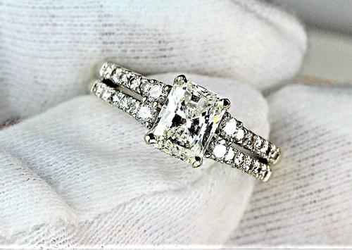 Unique Radiant Cut Engagement Ring IGI Certified 1.21 SI1 H
