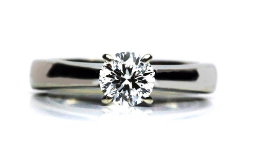 Leo Round Diamond Engagement Ring