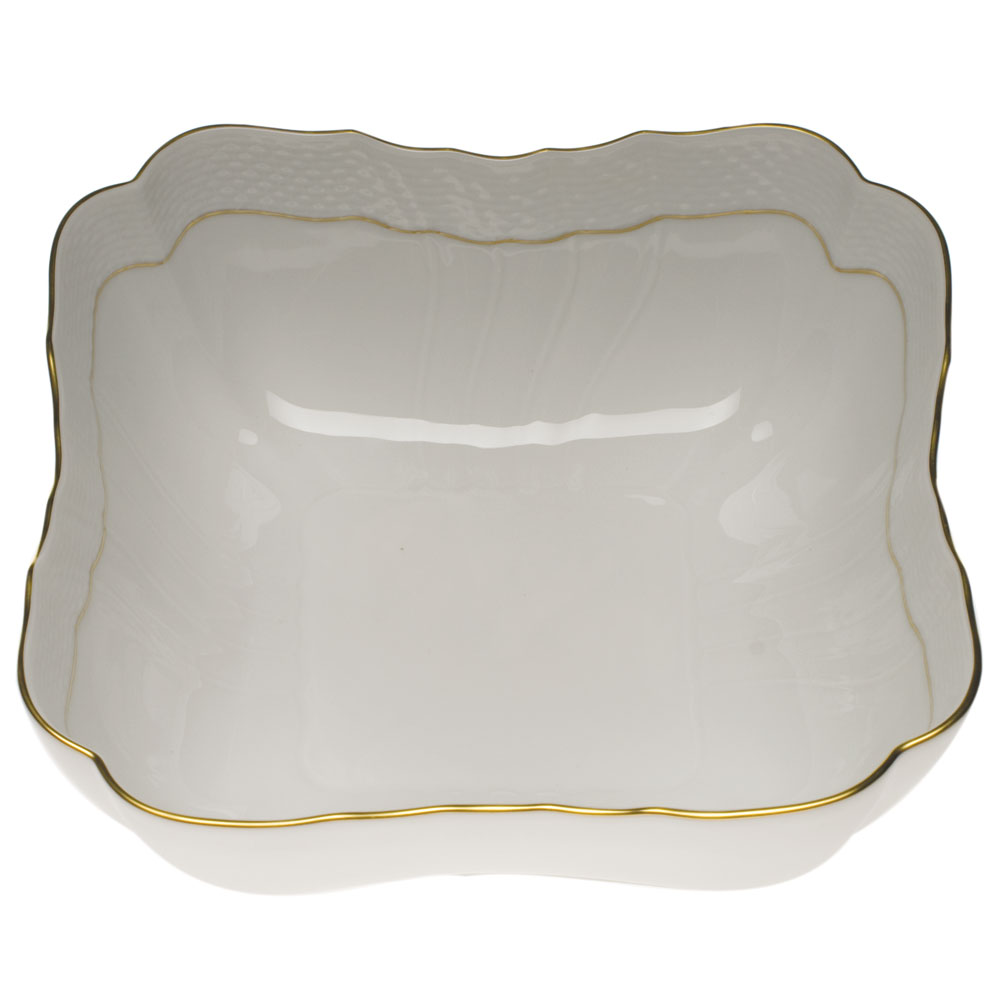 HerendåÊGolden Edge| Beautiful china dinnerware to adorn your tablescapes and add to your Sasha Nicholas wedding & gift registry