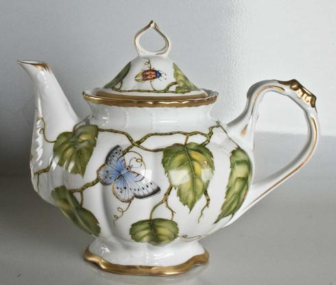 Ivy Garland Tea Pot