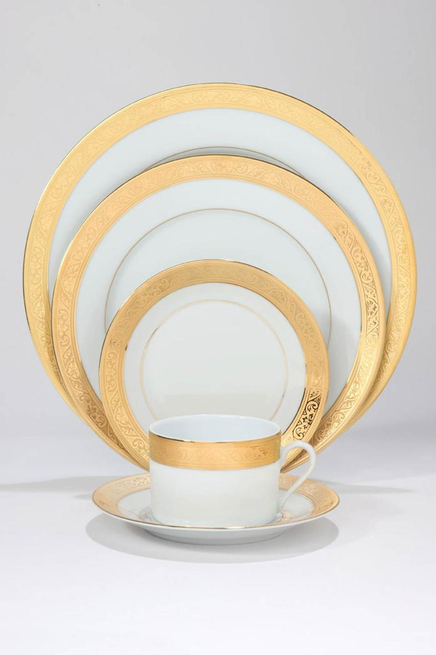 Trianon gold Serving Plate