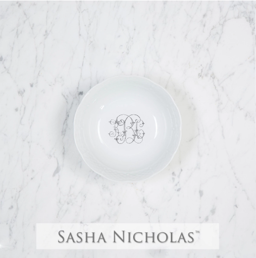 A perfect addition to your dinnerware collection and to set your tablescapes with.  It makes a great small gift for your wedding registry. Choose from their signature font styles or use a custom monogram or crest of your choice. | Sasha Nicholas's white porcelain petite bowl