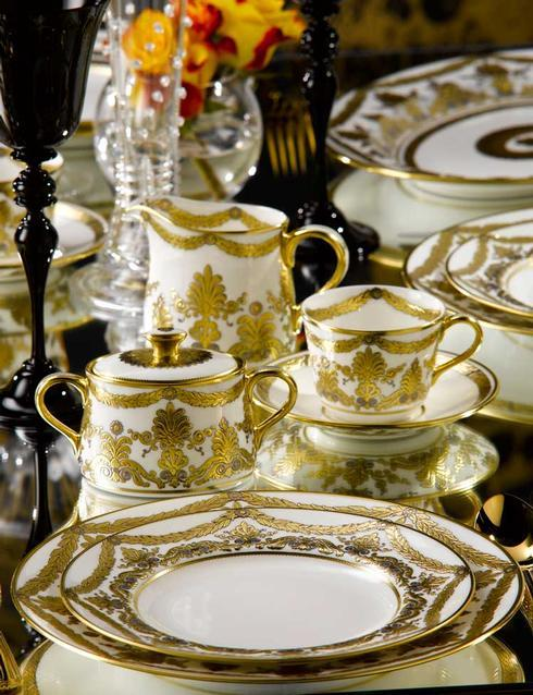 Pearl Palace Soup Tureen Stand