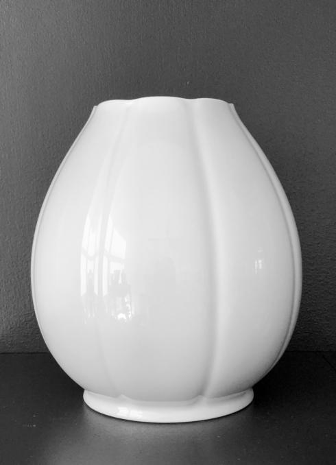 Nymphea White Vase tall - large
