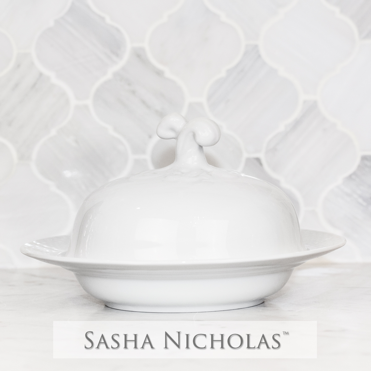 Sasha Nicholas custom dinnerware monogram crest monogrammed Wedding registry bridal gift covered bowl basketweave weave