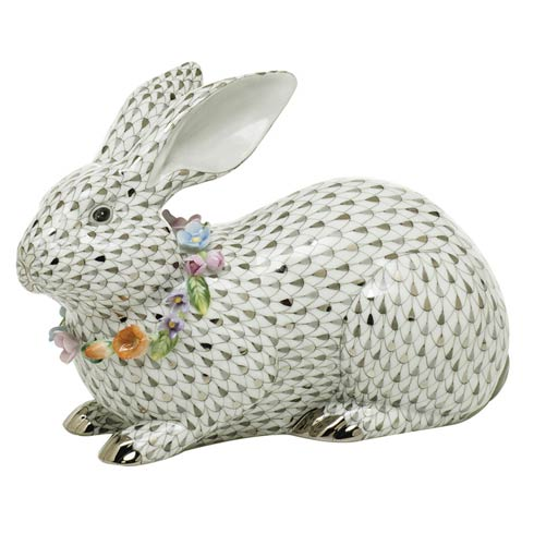 Reserve Collection Gray Bunny with Garland