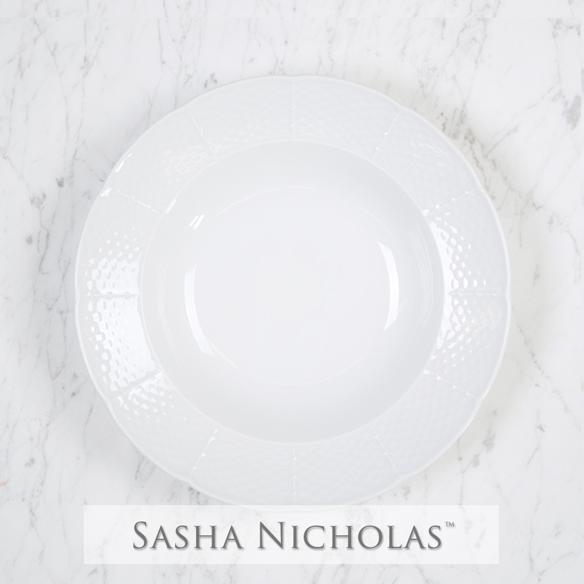 A beautiful addition to your dinnerware collection and to adorn your tablescapes with. It makes the perfect gift for your wedding registry. Choose from their signature font styles or use a custom monogram or crest of your choice! | Sasha Nicholas's white porcelain rim soup bowl