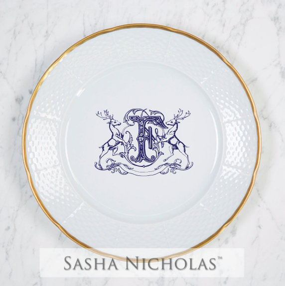 SN-Pantry Weave 24K Gold Dinner Plate | Stag Crest, F, Navy