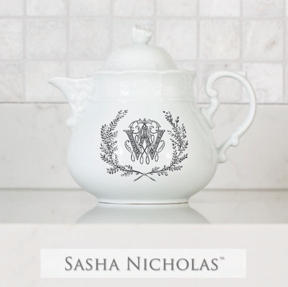 SN-Pantry Weave Teapot | Couture Wreath, W, Black