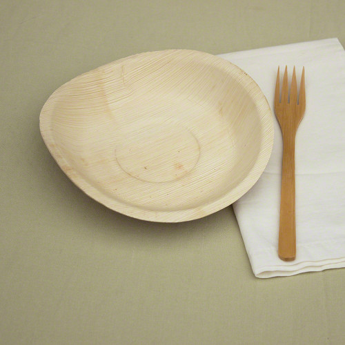 "8"" x 8"" Round Palm Leaf Plates 