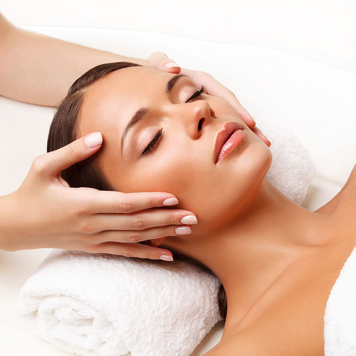 Switch2Pure Glow and Glam Pre event Facial Treatment