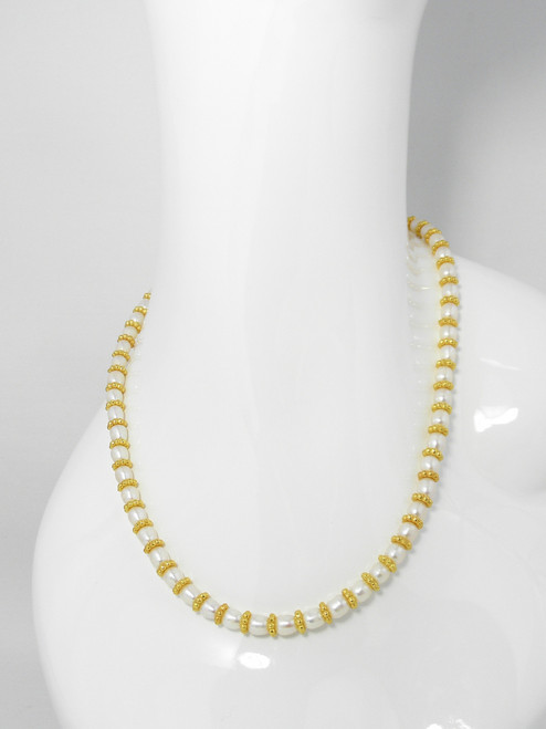 HERNAN GOLD & PEARL NECKLACE