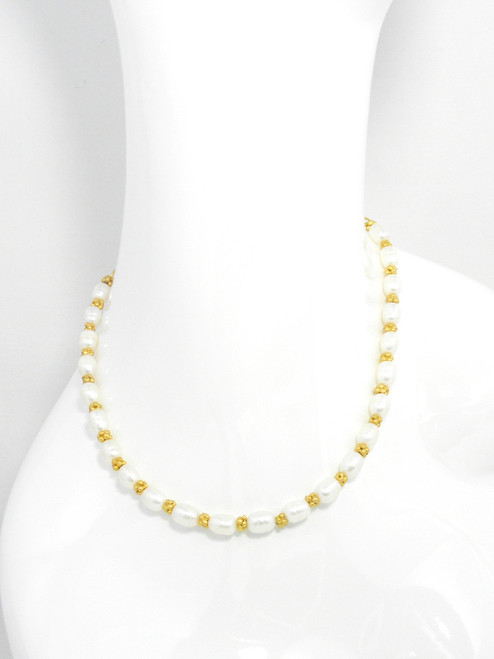 GOLDEN CHARM & PEARL NECKLACE