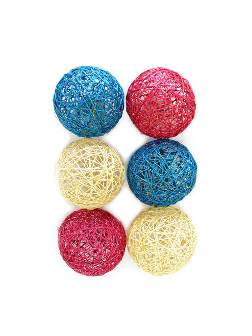 NATURAL FIBER DECORATIVE SPHERES