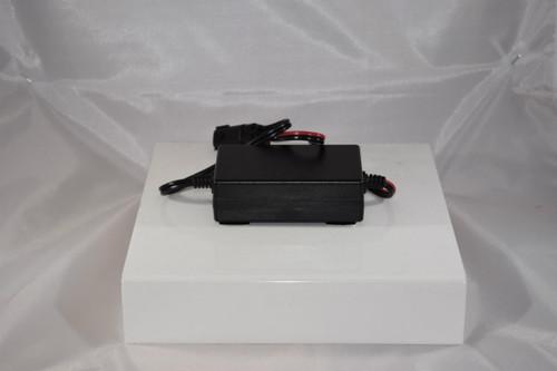 Generac Generac 0G8023A - Batc 13.4Vdc 2.5A W/4Pos Plug