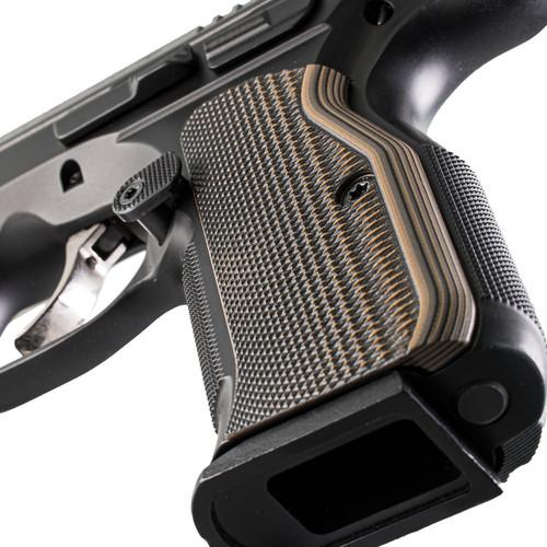 VZ Grips' VZ Razorback™ Slim CZ Shadow 2 Grip