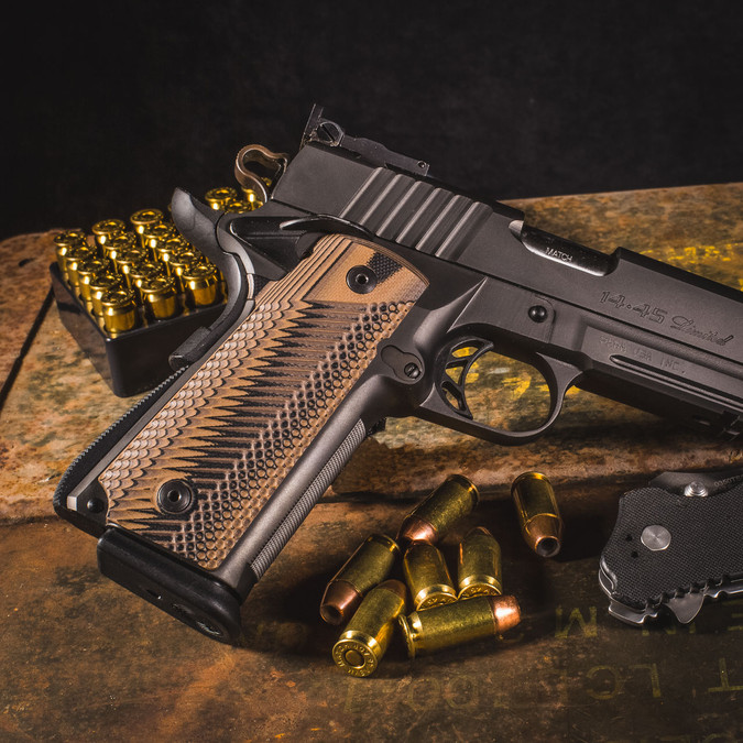 VZ Grips VZ Operator II™ in Hyena Brown on a Para Ordnance P-14