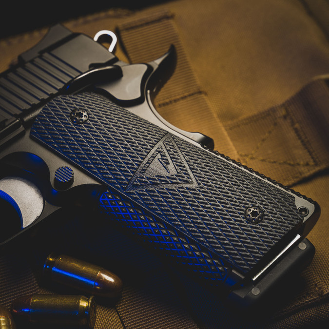 1911 Larry Vickers Tactical Slant - Full Size Grips