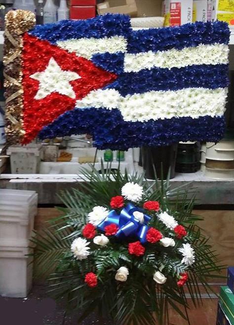 The Waving Cuban Flag-FNWAV-01