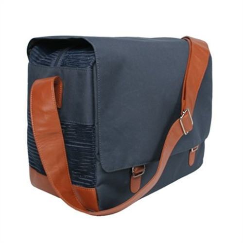 Outback Messenger in Black Dog Carrier