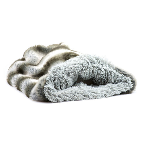 Silver Chinchilla Cuddle Sak with Silver Shag Lining 2