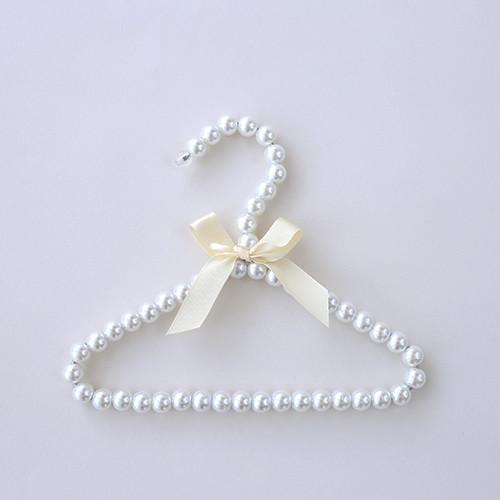 Pearl Hanger: Ivory