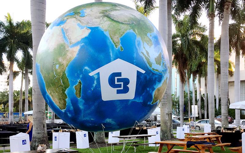 Giant Custom Inflatable Globes