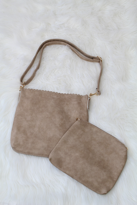 Evie 2in1 Eyelet Scallop Bag - Sand