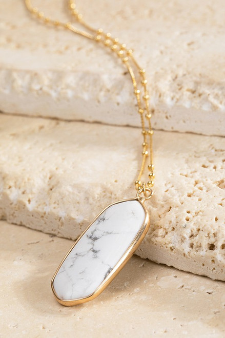 Oval Natural Stone Necklace - Howlite